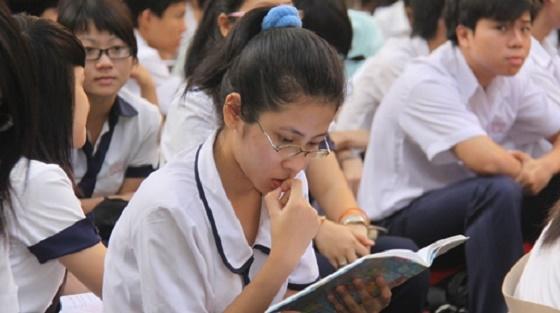 Điểm mới và cấu trúc đề thi vào lớp 10 môn Văn - Toán TPHCM 2016