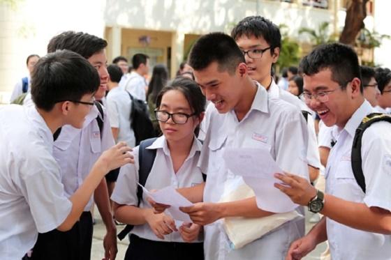 Môn thi vào lớp 10 THPT chuyên Hùng Vương Gia Lai 2016