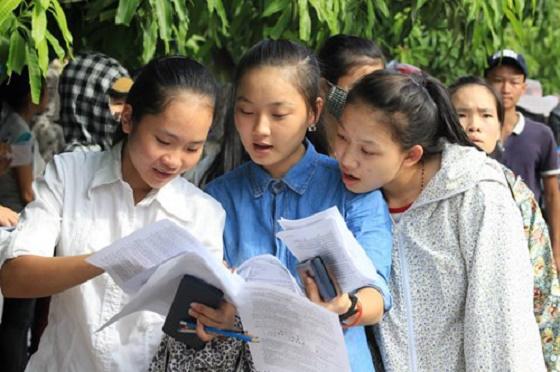 Tuyển sinh vào lớp 10 TPHCM 2016 giảm tỉ lệ chọi nhưng tăng chênh lệch giữa các trường