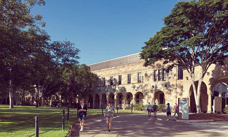 Học bổng Đại học Queensland Úc ngành khoa học