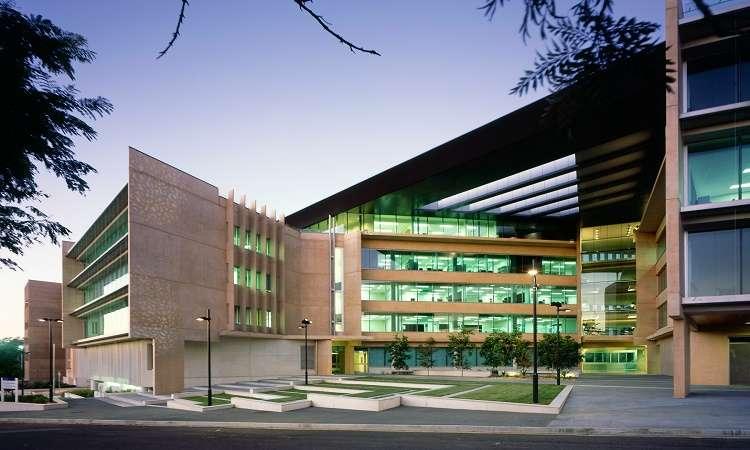 Học bổng Úc sau Đại học trường ĐH Queensland nghiên cứu văn học Úc 2018