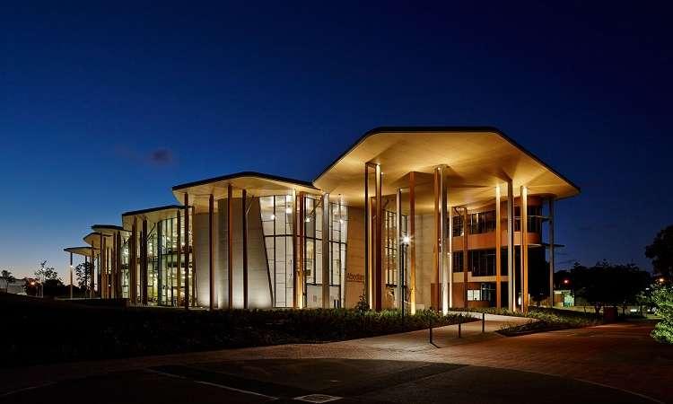 Học bổng Úc dự bị Tiếng Anh trường Đại học Bond 2018
