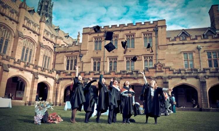 So sánh du học Úc và Mỹ: Nên đi du học Úc hay Mỹ?